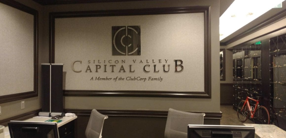 El lado oscuro del lujo: Capital Club acusado de salarios injustos