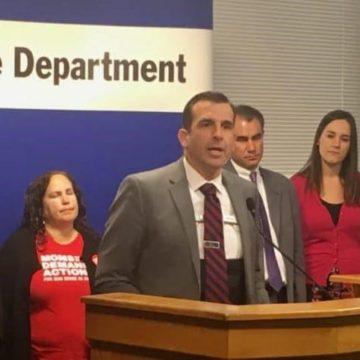 Propuesta de Sam Liccardo para rechazar levantar cabezas a legisladores