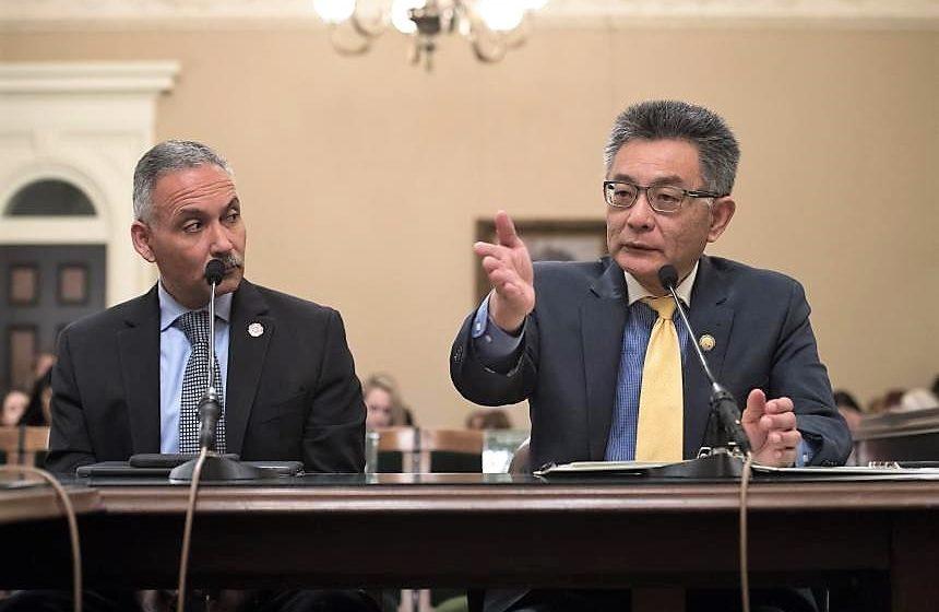 Chủ tịch hội đồng Kansen Chu rời khỏi cơ quan lập pháp, ra tranh cử giám sát viên quận