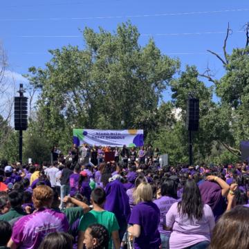San Jose: Hàng trăm cuộc biểu tình cho các trường bán công trong bối cảnh bị kiểm tra từ Sacramento