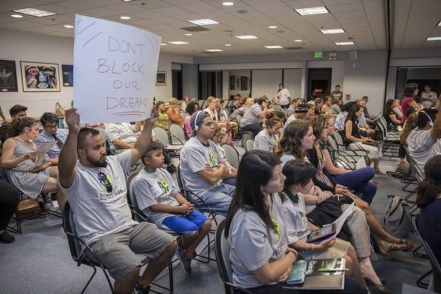 San Jose: Một trăm gia đình tranh giành sau khi mở trường cho thuê trường