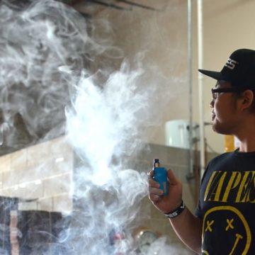 Santa Clara County lawmakers to vote on banning e-cigarettes