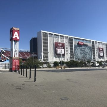 San Francisco 49ers sẽ không gặp quan chức thành phố sau khi 'hạ cấp' và những lời đe dọa