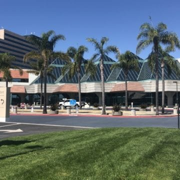 Santa Clara set to pick new food and drink operator for convention center