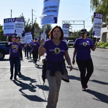 Cập nhật: Cuộc đình công bắt đầu đối với công nhân của Hạt Santa Clara trong bối cảnh tranh chấp hợp đồng