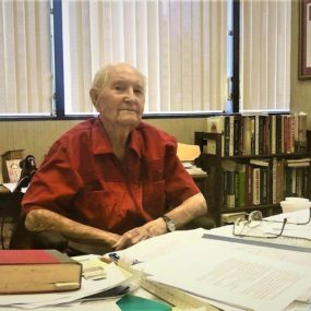 Chuck Davidson huyền thoại
