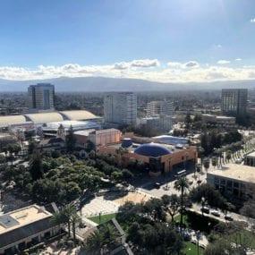 Các cầu thủ ở trung tâm thành phố San Jose là ai?