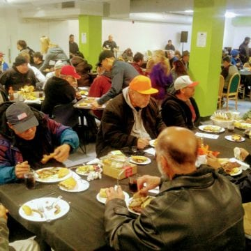 'Hope Cafe' brings fine dining experience to homeless residents