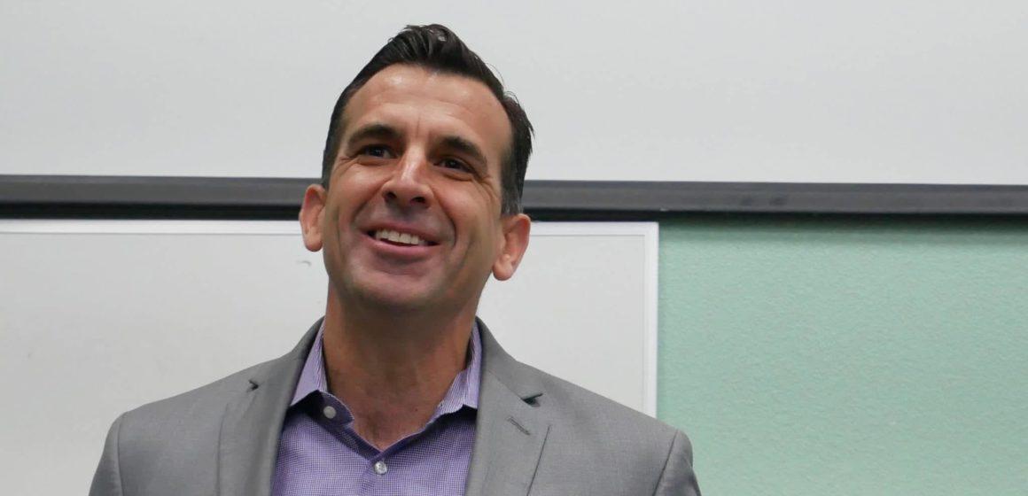 El alcalde de San José, Sam Liccardo, reitera su apoyo a Bloomberg tras el debate de Nevada