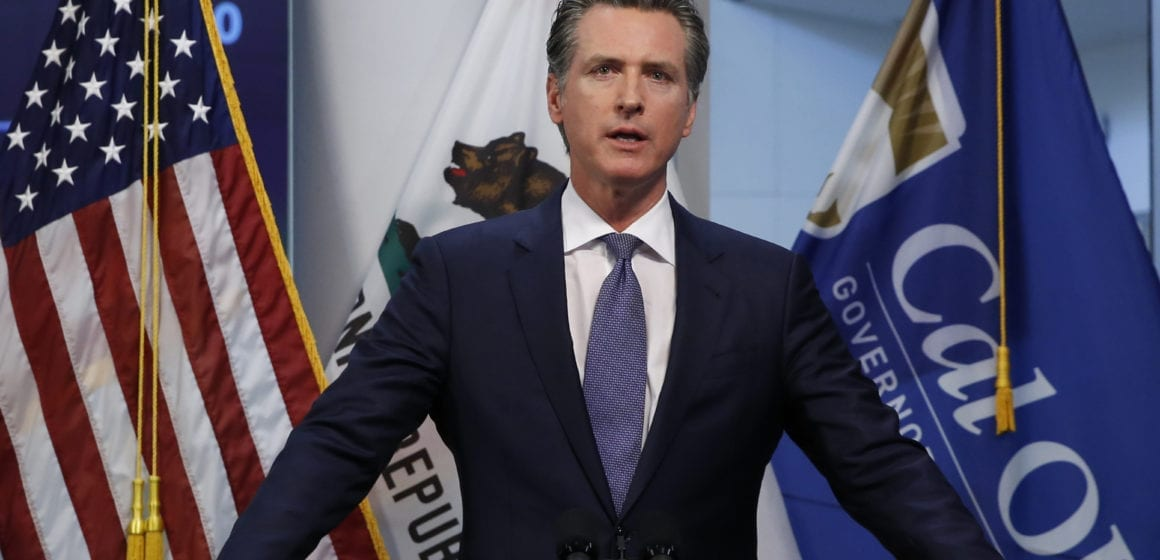 Coronavirus LIVE BLOG: 'We're not waiting for anything,' Governor says with or without federal funding, state will distribute vaccines