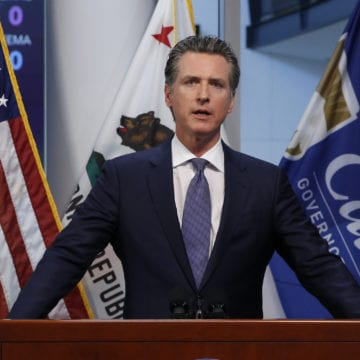 Coronavirus LIVE BLOG: Newsom says state will distribute vaccines with or without federal funding