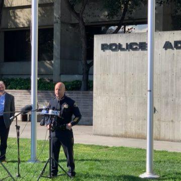 """Funcionarios de San José les piden a los residentes que denuncien violaciones de """"quedarse en casa"""""""