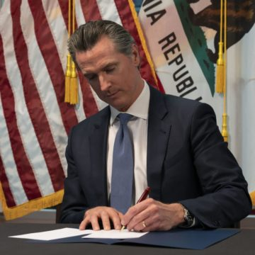 As coronavirus spreads, Newsom works to secure hospital beds, find rooms for homeless
