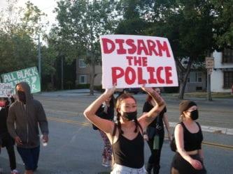 ACTUALIZACIÓN: San José siembra semillas para iniciar discusión pública sobre reforma policial