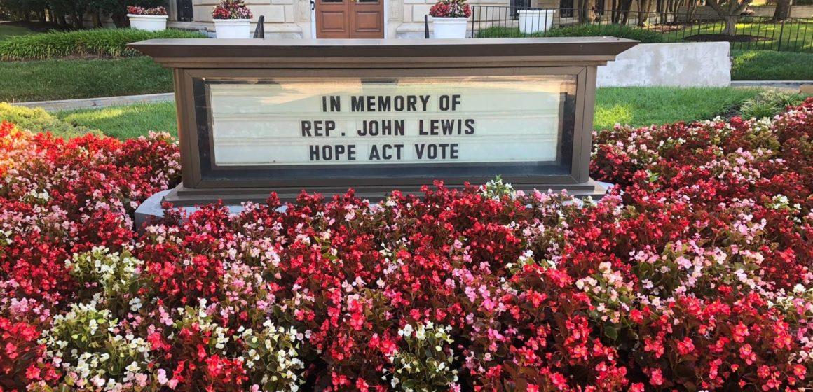 Các nhà hoạt động và lập pháp tại Thung lũng Silicon thương tiếc Đại diện John Lewis