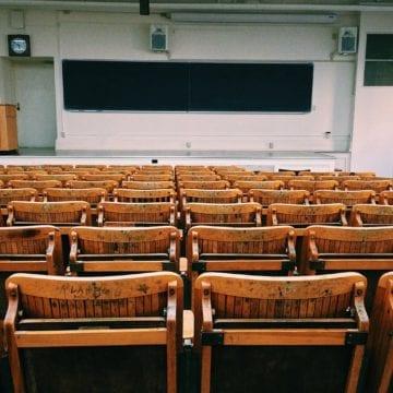 Vargas: Vẫn cần hành động khẳng định dựa trên chủng tộc trong tuyển sinh đại học