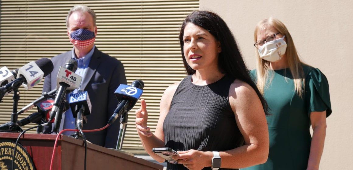 El condado de Santa Clara promete otros $ 7.1 millones para que los estudiantes estén en línea