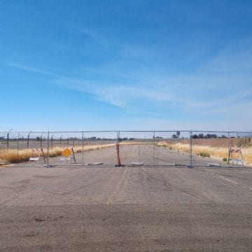 Estudiantes de San José encuestaron a los residentes sobre el cierre del aeropuerto Reid-Hillview