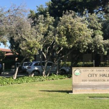 Liệu một nhà tư vấn trị giá 300 nghìn đô la có khắc phục được tai ương du lịch của Santa Clara không?
