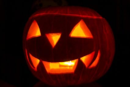 Coronavirus LIVE BLOG: Celebrate Halloween, Día De Los Muertos without getting COVID-19