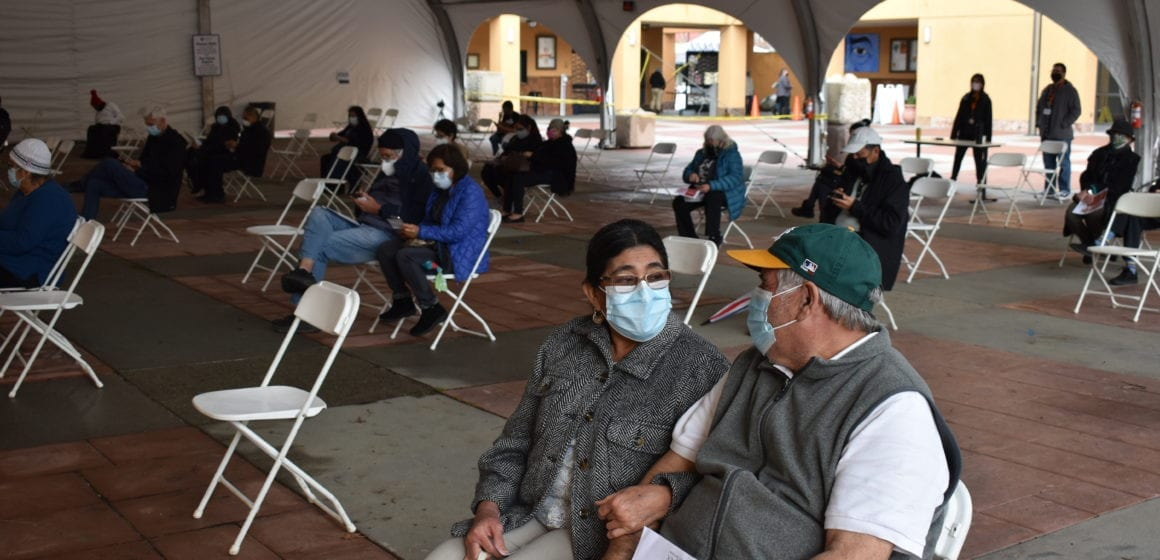 ¿Debería reabrirse el sitio de vacunación del este de San José?