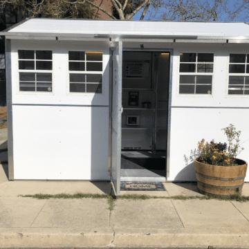 Tiny Home inspira a mamá de San José a apoyar a otras personas sin hogar