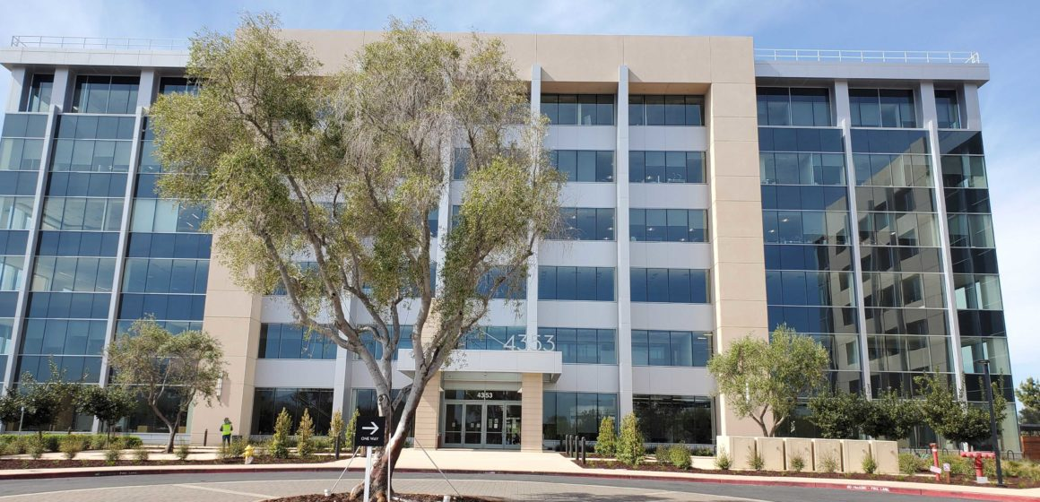 Bloom Energy sues Santa Clara over permits—for a second time