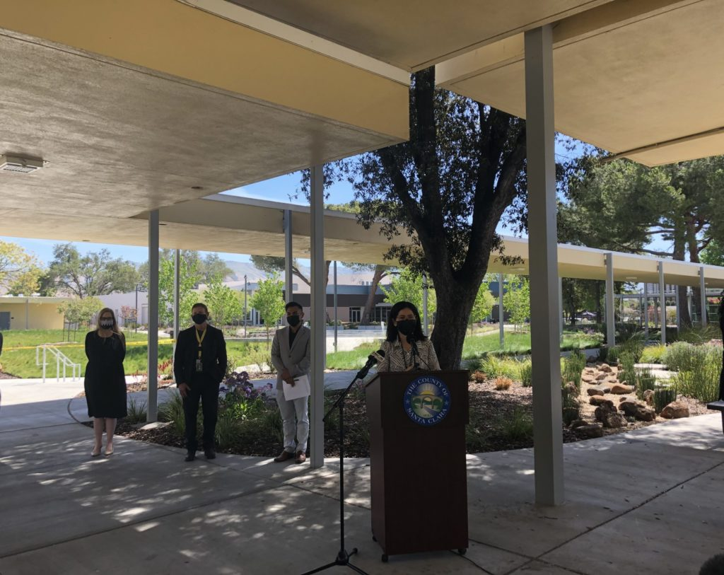 Deputy County Executive Dr. Rocio Luna urges the Latino community of East San Jose to get their COVID vaccine. Photo by Lorraine Gabbert.