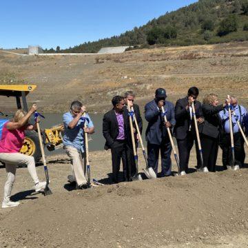 Dự án đập khiến nguồn nước uống lớn nhất của Hạt Santa Clara bị cạn kiệt