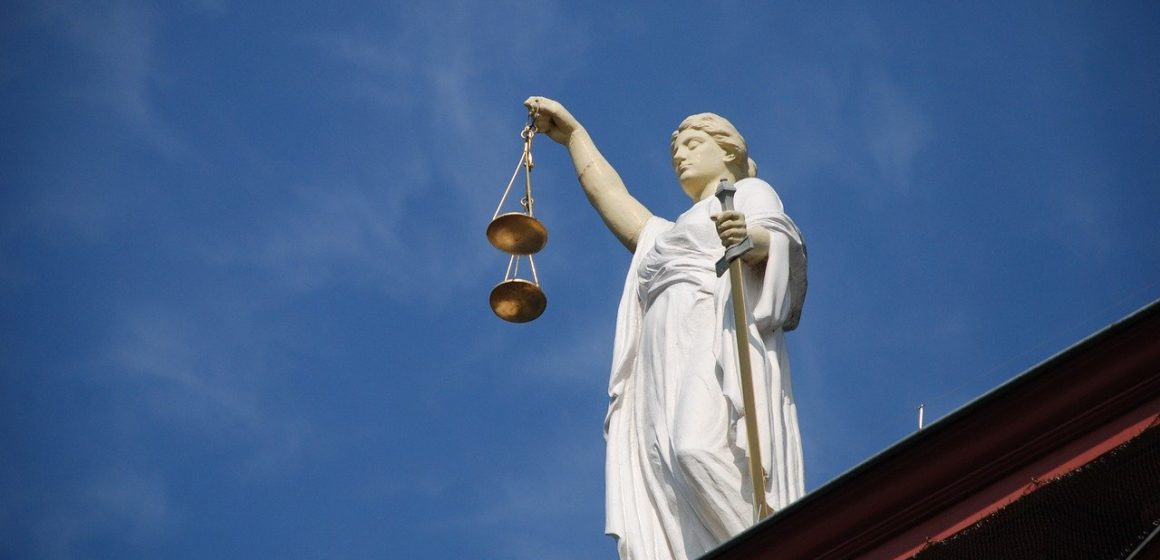 Trần: Để bảo vệ Đạo luật Tổng chưởng lý tư nhân