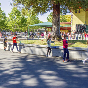 Bắt buộc phải đeo mặt nạ cho học sinh Quận Santa Clara