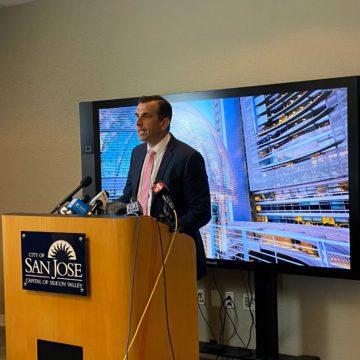 El alcalde de San José pide la renuncia del alguacil
