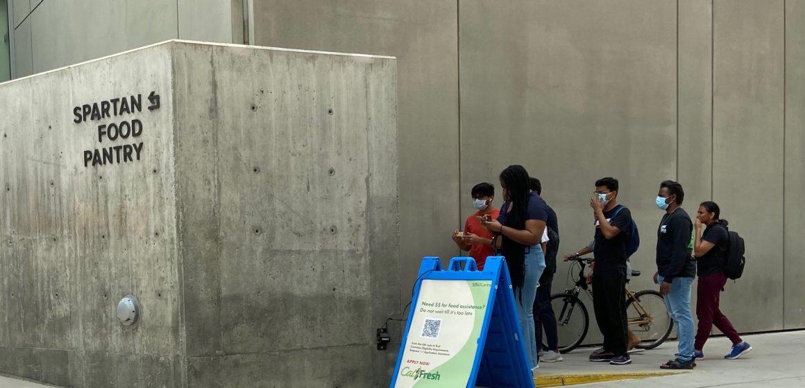Los estudiantes de San José dependen de la despensa del campus a medida que aumenta la inseguridad alimentaria