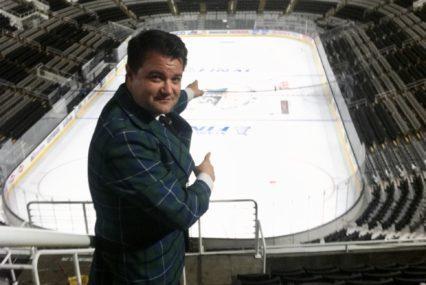 Ex reportero deportivo de South Bay enfrenta orden de restricción del periódico