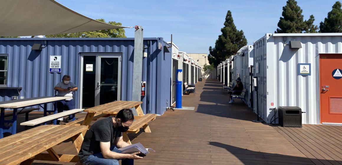El condado de Santa Clara podría gastar $ 25 millones en refugios prefabricados para personas sin hogar
