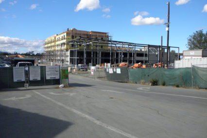 Dự án lớn Los Gatos hứa hẹn sẽ có 270 căn hộ giá rẻ. Chỉ có 50 đang xảy ra.