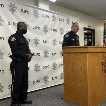 Ex policía de San José acusado de posesión ilegal de armas
